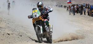 El piloto español Marc Coma, durante el especial de la cuarta etapa del Rally Dakar 2011 entre Jujuy (Argentina) y Calama (Chile)