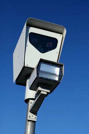 Uno de los radares que multarán a los conductores a 135 km/h
