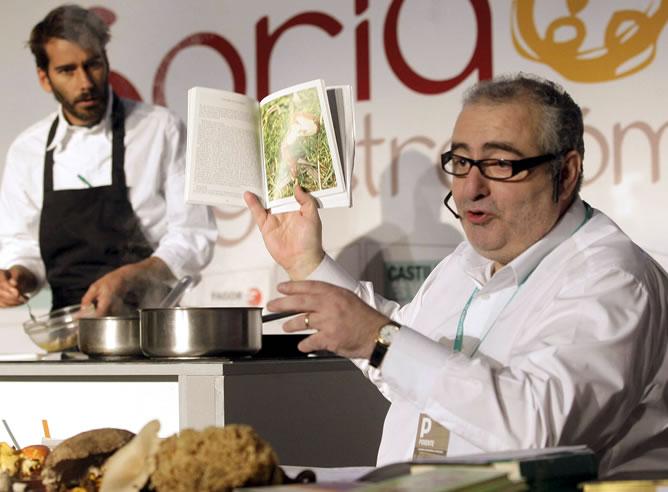 Fallece el cocinero Santi Santamaría a los 53 años en un viaje a Singapur