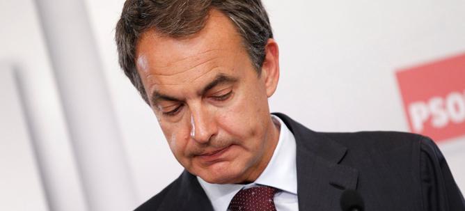 Zapatero no adelantará las generales pese a la debacle del PSOE en el 22-M