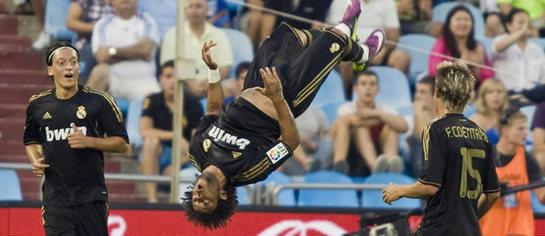 FOTOGALERIA: Marcelo celebra su gol con una voltereta