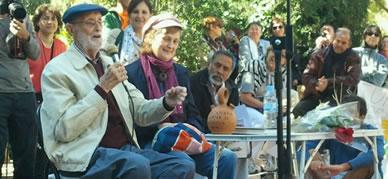 José Luis Sampedro se dirige a los vecinos de Chamberí