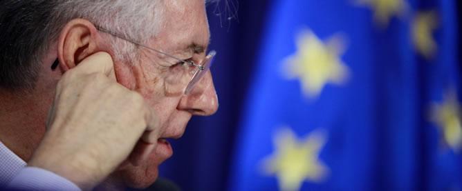 Mario Monti, tras una reunión informativa con los ministros de Finanzas europeos