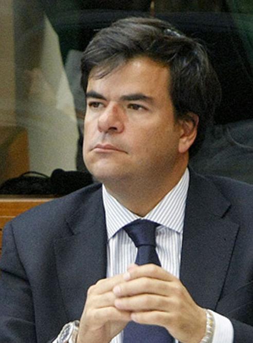 Alfonso Bosch, exdiputado del PP de Madrid e imputado por la trama Gürtel, está siendo investigado además por haber realizado compras en Calpe después de que estallara este caso de corrupción. Compras en distintos establecimientos cuyas facturas se habrían emitido a nombre de terceras personas.