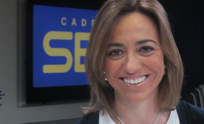 Carme Chacón durante una entrevista en la Cadena SER