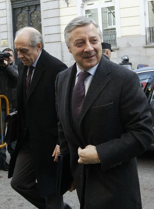 """El vicesecretario general del PSOE declara a petición propia en el Tribunal Supremo durante menos de dos horas para defenderse de las """"falsas acusaciones"""" contra él"""