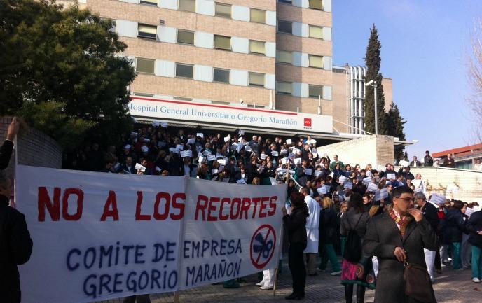 Concentración de los trabajadores del Hospital Gregorio Marañón