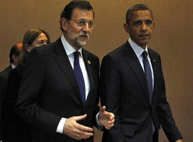Rajoy ha mantenido un breve encuentro con Barack Obama antes de hacerse la foto de familia de la Cumbre de Seguridad Nuclear de Seúl