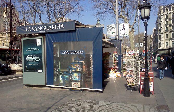 Un quiosco en el Paseo de Gracia de Barcelona