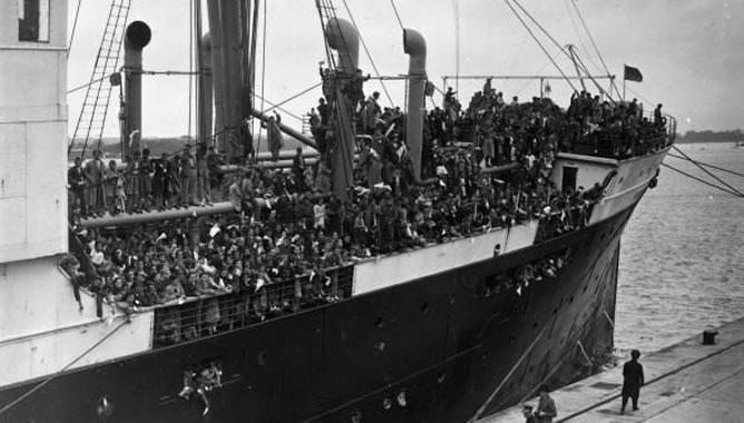 El Habana llega a Southampton con los niños vascos, 25 de mayo de 1937