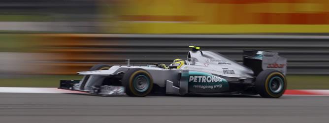 Rosberg logra su primera victoria en Fórmula 1 en una carrera impoluta