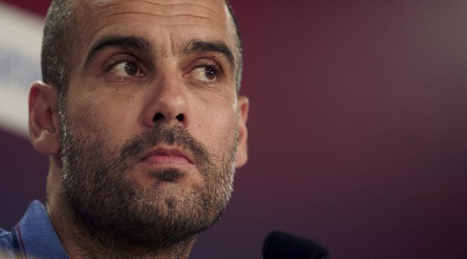El entrenador del F.C. Barcelona, Josep Guardiola, durante la rueda de prensa previa al partido ante el Málaga