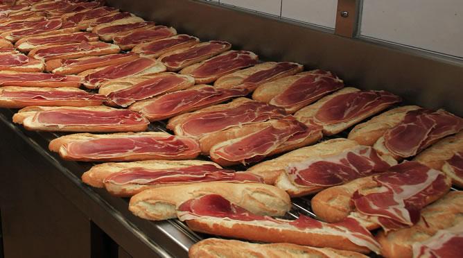 Argentina dejará de importar próximamente jamones procedentes de España