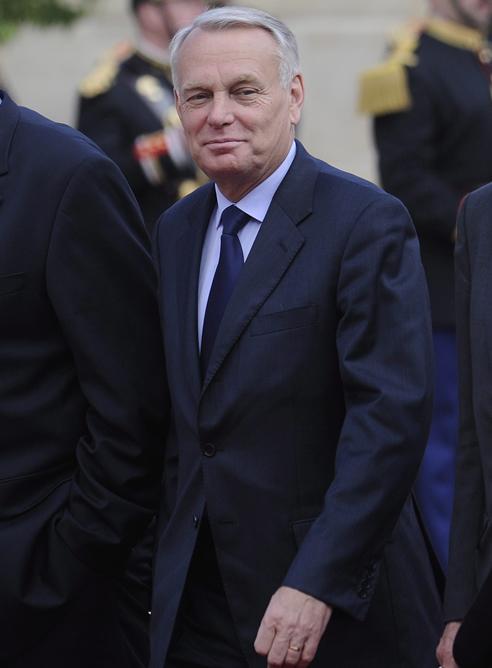 Ayrault, de 62 años, hasta ahora presidente del grupo parlamentario socialista en la Asamblea Nacional y exalcalde de Nantes, en el oeste de Francia, encabezará por primera vez un gobierno francés