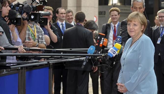 Merkel, a su llegada a la reunión informal de los líderes de la UE