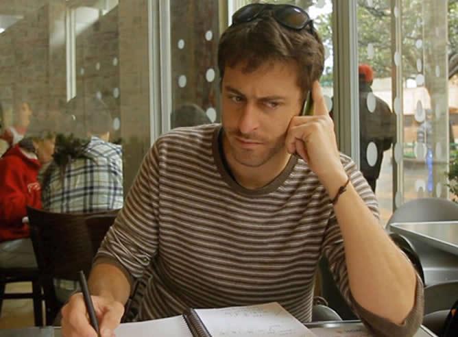 El periodista francés Roméo Langlois este lunes cumplirá un mes en poder de la guerrilla colombiana