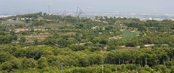 Imagen de la zona donde se construirá el nuevo complejo de ocio Barcelona World, junto a Port Aventura.