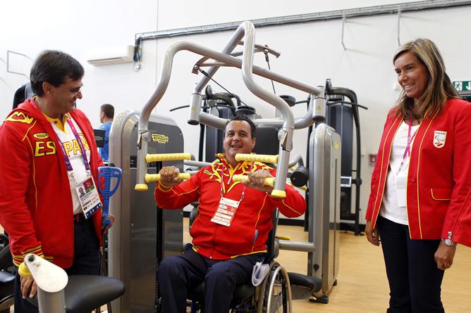 Visita de la ministra de Sanidad, Ana Mato, a la Villa Paralímpica el pasado 6 de agosto