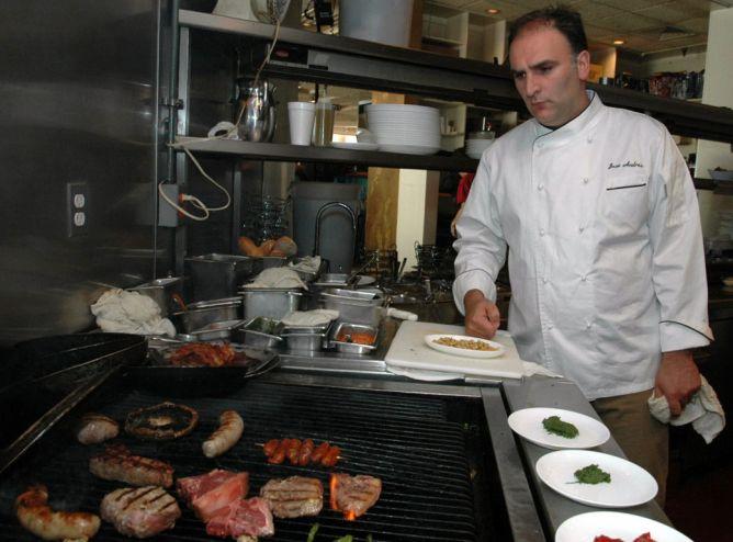 Foto de archivo del cocinero español en Washington.
