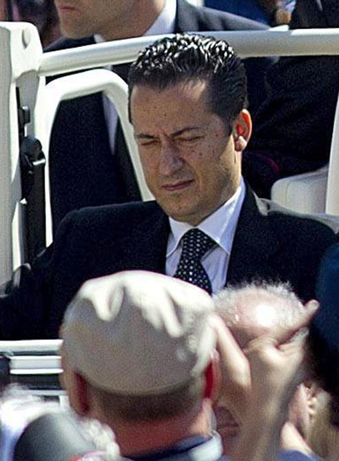Imagen tomada el 23 de mayo de 2012 de Paolo Gabriele, el exmayordomo del papa, durante un acto en la plaza de San Pedro.
