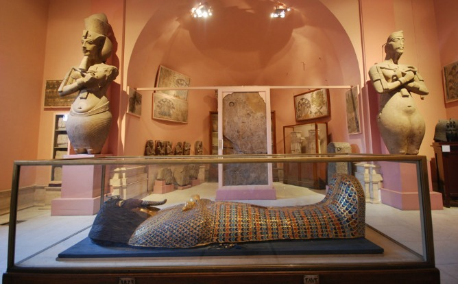 Sala del Museo de El Cairo dedicada a las piezas de Amarna