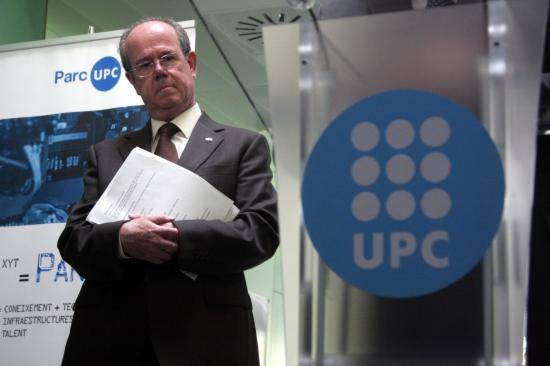 El rector de la UPC, Antoni Giró, al campus de Castelldefels de la universitat que dirigeix.