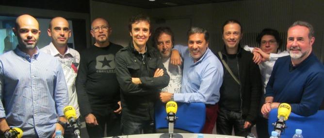 El cantante Ramoncín y su banda nos presentan su disco 'Cuando el diablo canta'