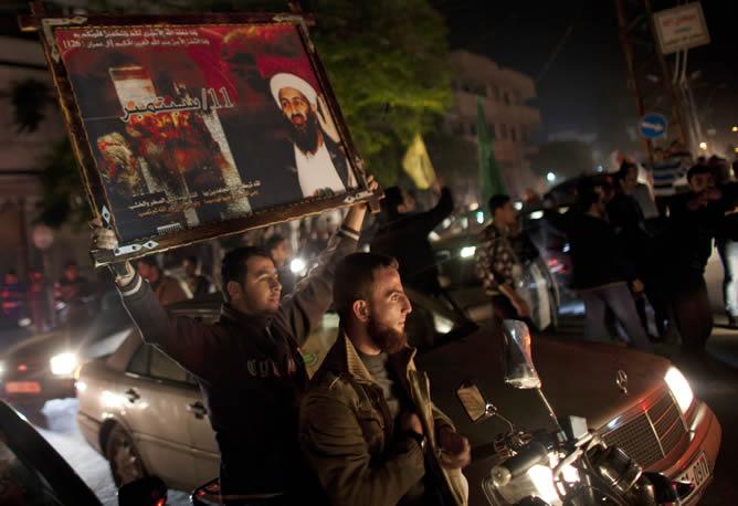 Los palestinos han celebrado la tregua acordada en Gaza saliendo a las calles haciendo sonar bocinas