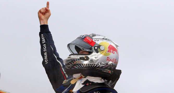 Sebastian Vettel revalida el Mundial y deja a Fernando Alonso con la miel en los labios