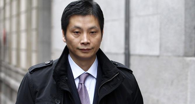 El presunto líder de la mafia china desarticulada en la operación Emperador, Gao Ping, que salió este jueves de la prisión de Villena (Alicante) después de que el juez de la Audiencia Nacional Fernando Andreu ordenara su excarcelación por un error judicial