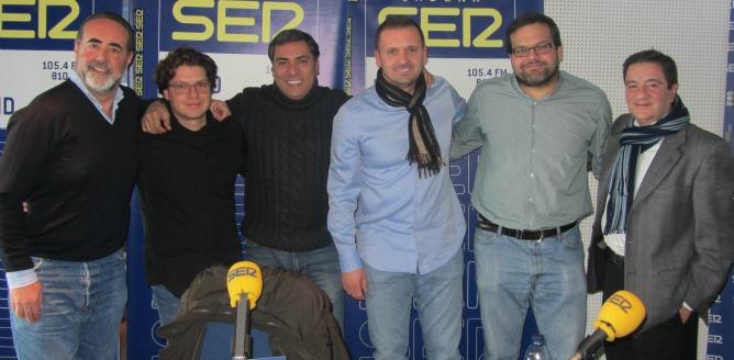 Foto grupal con Pedja Mijatovic, Antonio González y Luis Miguel González