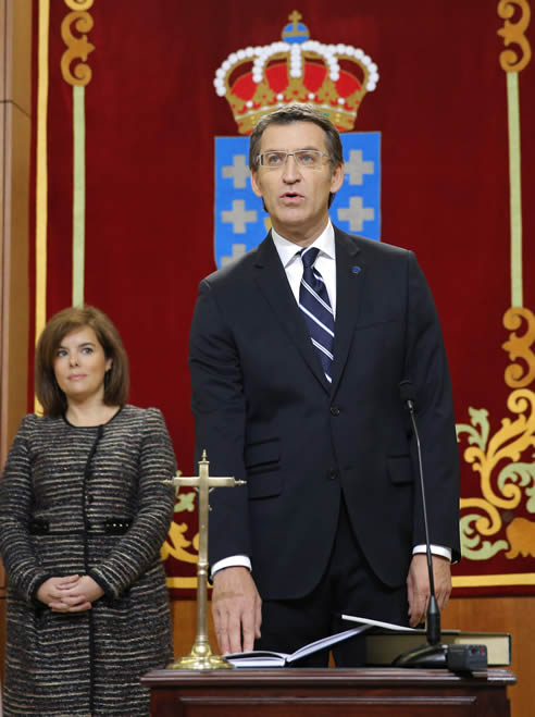 Feijóo ha tomado este sábado posesión como presidente de la Xunta por segunda vez consecutiva, en un acto solemne celebrado en el Parlamento de Galicia.