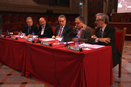 Gallego, Àlvarez, Vallvé, Trullèn, i Ramírez, durant la signatura del Pacte per a la Indústria