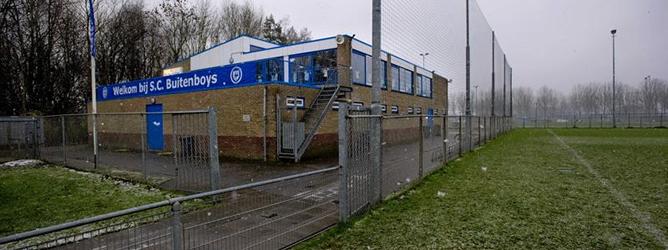 Vista de las instalaciones del club de fútbol SC Buitenboys en Almere, Holanda, donde un juez de línea vinculado al club ha fallecido tras ser supuestamente agredido por jugadores juveniles del SV Nieuw Sloten de Amsterdam.