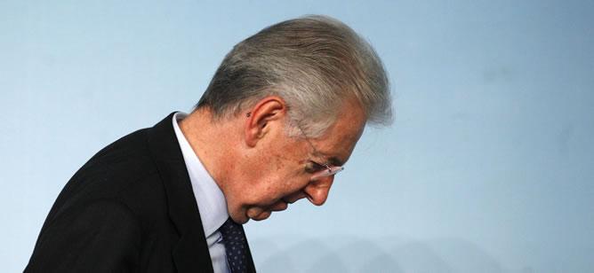 El primer ministro Mario Monti tras una conferencia de prensa en Roma