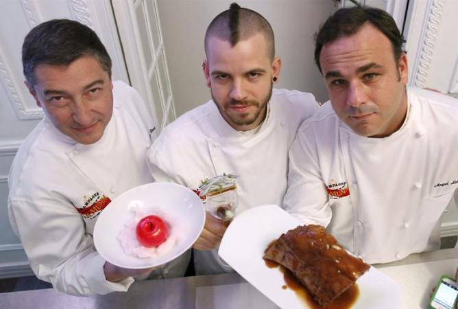 Tres grandes de la gastronomía española de vanguardia, Joan Roca, David Muñoz y Ángel León, han reinterpretado este martes en Madrid los menús ideados por otros tres grandes de la cocina clásica: François Vatel, Auguste Escoffier y Antonin Carême.