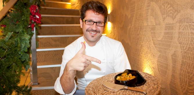 El 'chef manta' dejó el verde oliva del uniforme de la Guardia Civil por el verde pistacho de su restaurante de Murcia.