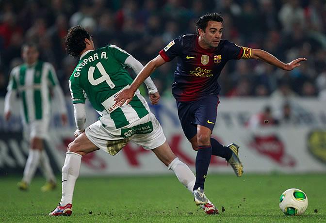 Xavi, durante el partido en El Arcángel
