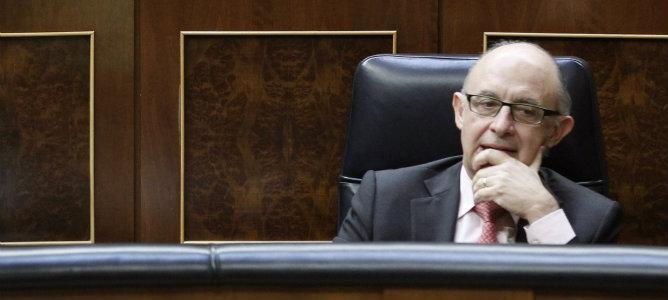 El ministro de Hacienda y Administraciones Públicas, Cristóbal Montoro, en el Congreso de los diputados