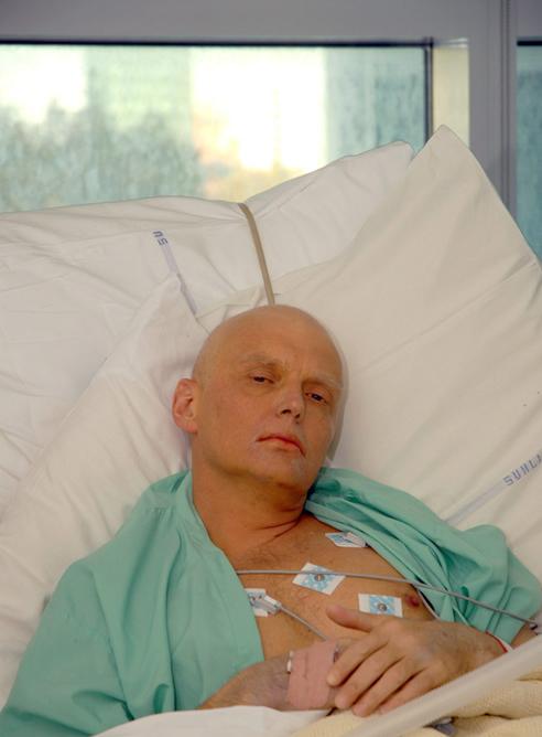Imagen de archivo del exagente del KGB Alexander Litvinenko en el Hospital Universitario de Londres.