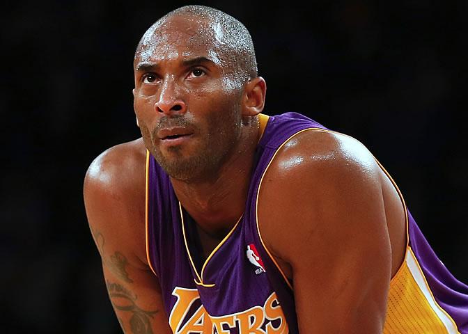Kobe, muy serio durante el partido ante los Knicks