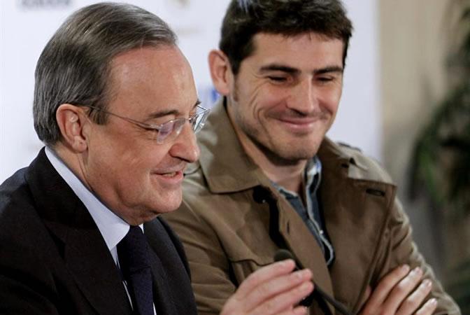 Florentino, junto a Casillas en la presentación del 'Partido por la ilusión'