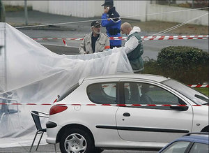 Los agentes de la Guardia Civil Raúl Centeno y Fernando Trapero fueron tiroteados en Capbreton (Francia) el 1 de diciembre de 2007 cuando formaban parte de un dispositivo especial para localizar a miembros de ETA en Francia