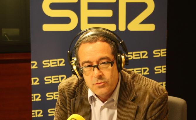 Pere Macias als estudis de Ràdio Barcelona