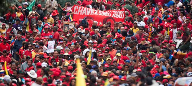 Seguidores del Hugo Chávez en una concentración de apoyo al presidente venezolano en Caracas