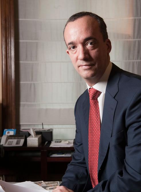 Francisco mart nez sustituye a ulloa como secretario de for Director de seguridad ministerio del interior