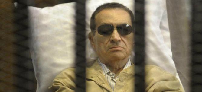 Se revisará la condena a cadena perpetua por haber ordenado y permitido la muerte de unos 900 manifestantes
