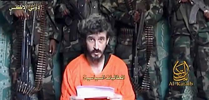 Tras su secuestro, Allex, agente de la DGSE, apareció en dos ocasiones en sendos vídeos emitidos por páginas web islamistas, en las que reclamaba la ayuda del presidente francés Hollande, y pedía que Francia cesara su apoyo al Gobierno de Somalia.