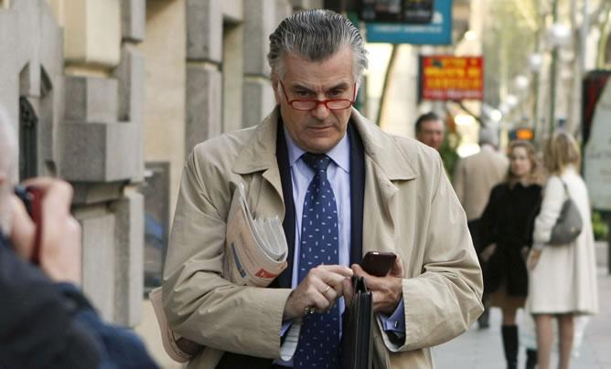 Luis Bárcenas, extesorero del PP, el día que renunció a su acta de senador