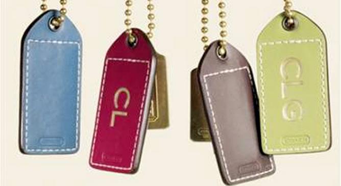 Coach, bolsos de ensueño grabados con las iniciales de sus dueñas